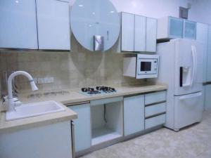 3 bedroom Flat / Apartment for shortlet Off Bashiru Shittu Magodo Kosofe/Ikosi Lagos