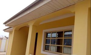 2 bedroom Detached Bungalow House for rent gidan mangoro estate along karshi-orozo rd Kurudu Abuja