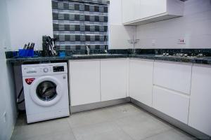 1 bedroom mini flat  Flat / Apartment for shortlet ONIRU Victoria Island Lagos