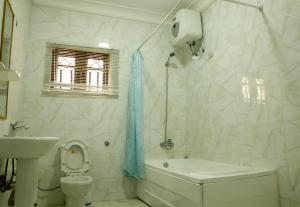 2 bedroom Blocks of Flats House for sale Airport Road Lugbe Lugbe Abuja