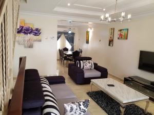2 bedroom Flat / Apartment for shortlet Bishop Oluwole  Akin Adesola Victoria Island Lagos