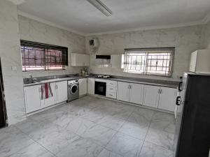 3 bedroom Flat / Apartment for rent Parkview Estate Ikoyi Lagos