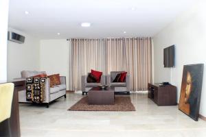 3 bedroom Flat / Apartment for shortlet Cameron Road Old Ikoyi Ikoyi Lagos - 1