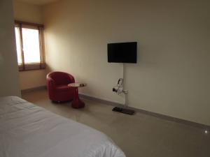 3 bedroom Flat / Apartment for shortlet opposite Parkview Estate Gerard road Ikoyi Lagos