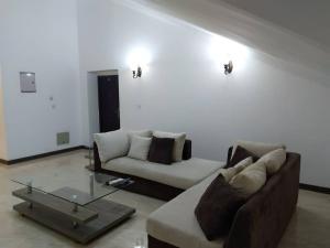 3 bedroom Flat / Apartment for shortlet Oba Idowu Abiodun Oniru Road  ONIRU Victoria Island Lagos