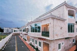 3 bedroom House for sale OFF BOURDILION Bourdillon Ikoyi Lagos