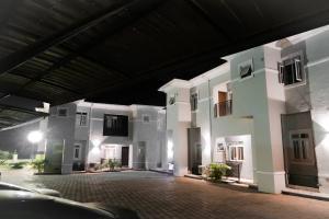 4 bedroom Mini flat Flat / Apartment for rent Life Camp Abuja