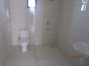 3 bedroom Terraced Duplex House for sale lafaiji Ikota Lekki Lagos