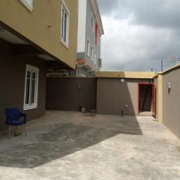 3 bedroom Flat / Apartment for rent Off Bajulaiye road akoka  Onipanu Shomolu Lagos