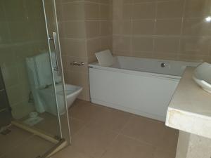 4 bedroom Flat / Apartment for rent Banana Island Road Banana Island Ikoyi Lagos