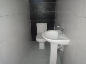 4 bedroom Semi Detached Duplex House for rent Alternative chevron Lekki Lagos