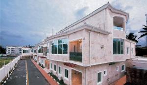 4 bedroom House for sale Milverton Road, Banana Island, Ikoyi Old Ikoyi Ikoyi Lagos