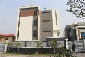 4 bedroom Shared Apartment Flat / Apartment for sale . Banana Island Ikoyi Lagos