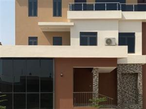 5 bedroom Detached Duplex House for sale Guzape Abuja