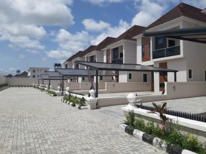 5 bedroom Detached Duplex House for sale Lafiaji chevron Lekki Lagos
