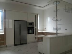 5 bedroom House for sale Pinnock beach estate Osapa london Lekki Lagos