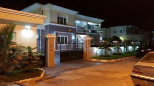 5 bedroom House for sale King's Park Estate Kukwuaba Abuja