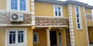 3 bedroom Detached Bungalow House for sale Yaba Lagos