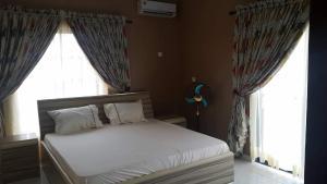4 bedroom Detached Duplex House for shortlet Alalubosa Estate, Ibadan Alalubosa Ibadan Oyo