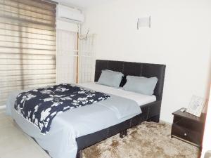 3 bedroom Flat / Apartment for rent Cluster A6 1004 Estate  1004 Victoria Island Lagos
