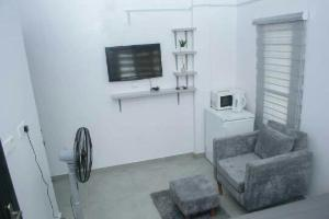1 bedroom mini flat  Self Contain Flat / Apartment for shortlet Orchard Estate Ologolo Lekki Lagos