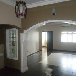3 bedroom Shared Apartment Flat / Apartment for rent By pacesetter Wuye Abuja