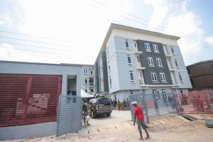 2 bedroom Shared Apartment Flat / Apartment for sale . Abule-Oja Yaba Lagos