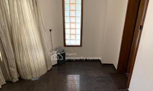 3 bedroom Flat / Apartment for rent Off Bourdillon Road, Falomo Ikoyi Lagos