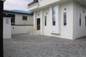 4 bedroom Detached Duplex House for sale Thomas estate Ajah Lagos
