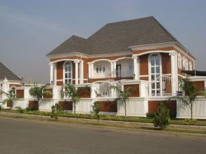 6 bedroom Detached Duplex House for sale off 1st avenue, Gwarinpa Abuja