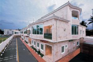 3 bedroom Semi Detached Duplex House for rent Milverton Road, Old Ikoyi Ikoyi Lagos - 0