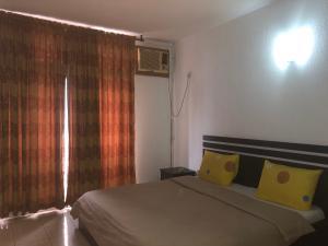 3 bedroom Flat / Apartment for shortlet Ozumba Mbadiwe 1004 Victoria Island Lagos