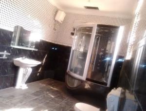 10 bedroom Detached Duplex House for rent GRA Jericho Ibadan Oyo