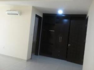3 bedroom Blocks of Flats House for rent airport road, central road. Oredo Edo