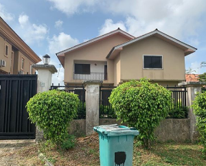 4 bedroom Detached Duplex House for sale Crown Estate Lekki Epe Express Way. Lekki Lagos