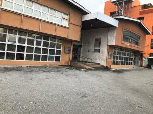 Show Room Commercial Property for rent Karimu  Karimu Kotun Victoria Island Lagos