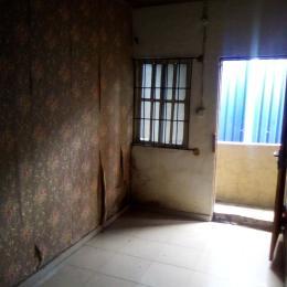 1 bedroom mini flat  Mini flat Flat / Apartment for rent Zamba street off olufemi by ogunlana drive. Lawanson Surulere Lagos
