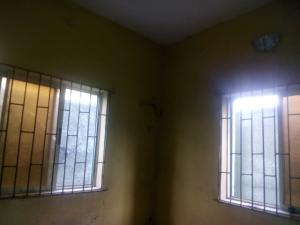 1 bedroom mini flat  Mini flat Flat / Apartment for rent alves street off aborishade lawanson Surulere Lagos