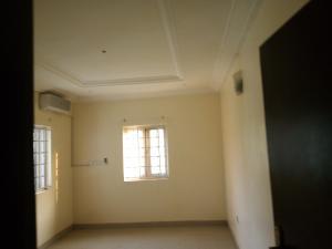2 bedroom Shared Apartment Flat / Apartment for rent Dawaki layout Gwarinpa Abuja