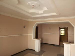 3 bedroom Flat / Apartment for rent Zionist estate Akala Express Ibadan Oyo