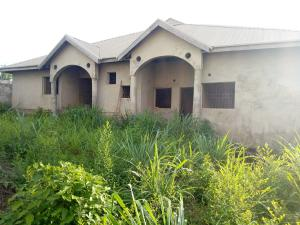 8 bedroom Detached Bungalow House for sale Kuola Street near Richbam Station Akala Express Ibadan Oyo