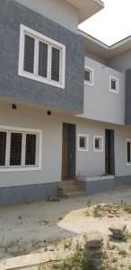 4 bedroom Terraced Duplex House for sale OWUKURI STREET Alaka Estate Surulere Lagos