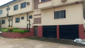 2 bedroom Blocks of Flats House for rent Oluwole Akintola street ,Iyana Bodija Bodija Ibadan Oyo