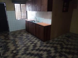 2 bedroom Blocks of Flats House for rent Oluwole Akintola street ,Iyana Bodija Ibadan Oyo