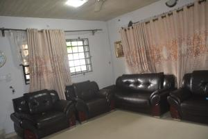 3 bedroom Detached Bungalow House for sale Old Shelter  afrique road, off oron rd Uyo Uyo Akwa Ibom