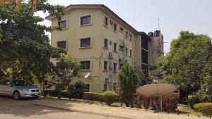 4 bedroom Flat / Apartment for sale Antanarivo Wuse 1 Abuja