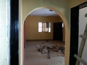 3 bedroom Flat / Apartment for rent Off Grandmates road.. Close to the bus stop Ago palace Okota Lagos