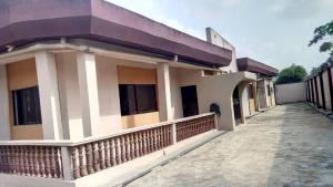 Detached Bungalow House for sale Unilag estate, Alake area of Idimu, Lagos. Idimu Egbe/Idimu Lagos