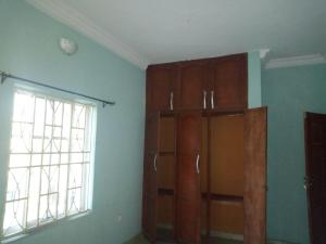 3 bedroom Flat / Apartment for rent fashoro off Western avenue Western Avenue Surulere Lagos
