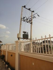 1 bedroom mini flat  Block of Flat for rent Plot 50, Cadastral zone Co2, Lifecamp extension, beside Salem Assembly, Church, Abuja. Life Camp Abuja
